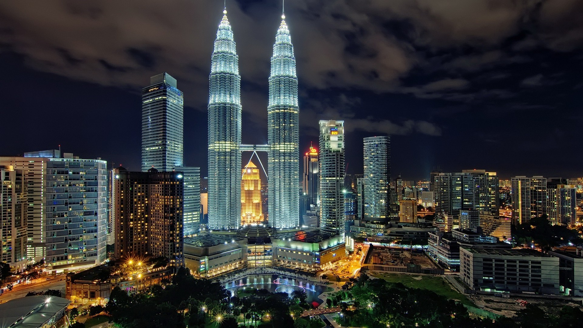 1920 X 1080 HD Malesia Wallpaper Klcc